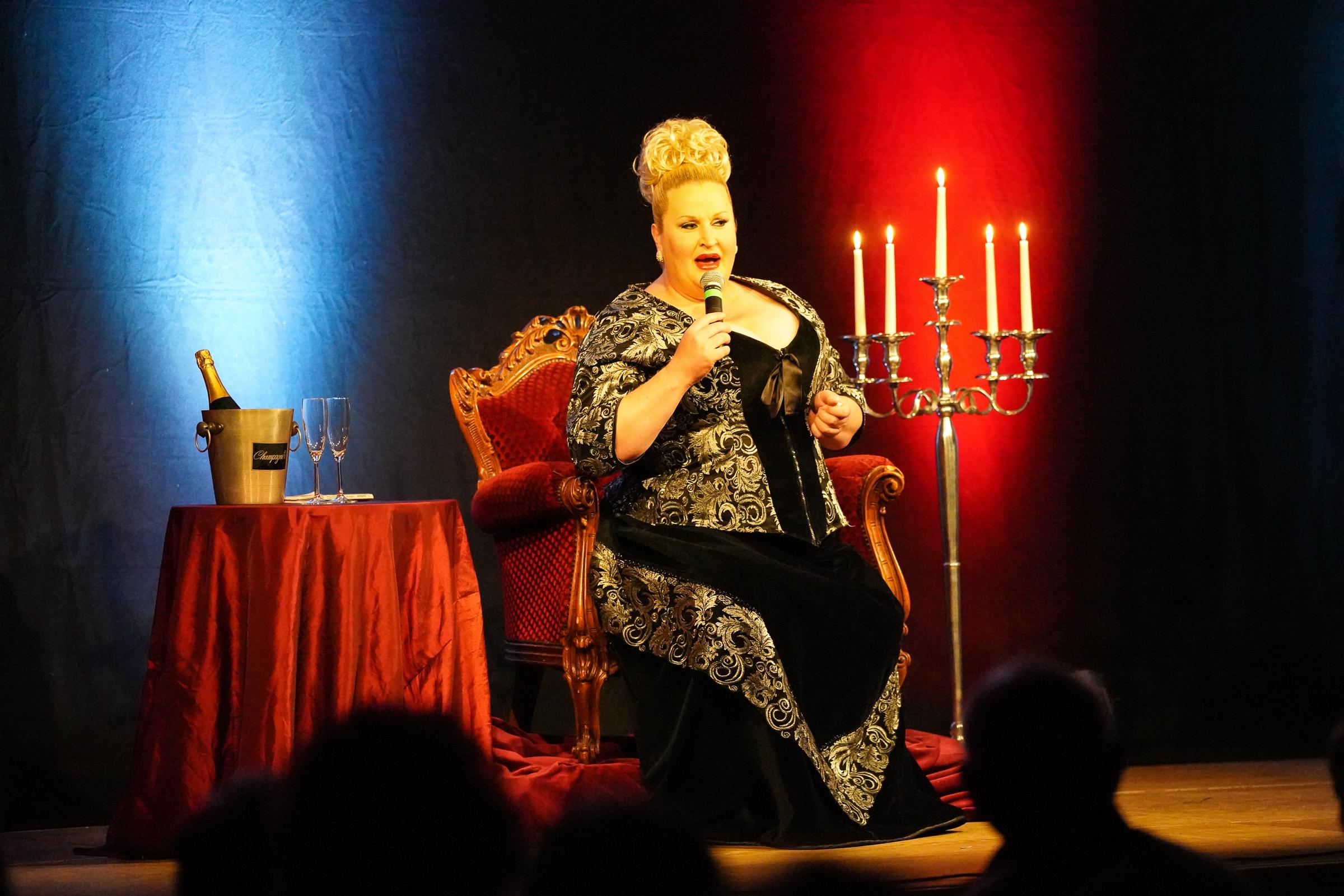18.05.2019 - Daphne de Luxe 'Comedy in Hülle und Fülle'