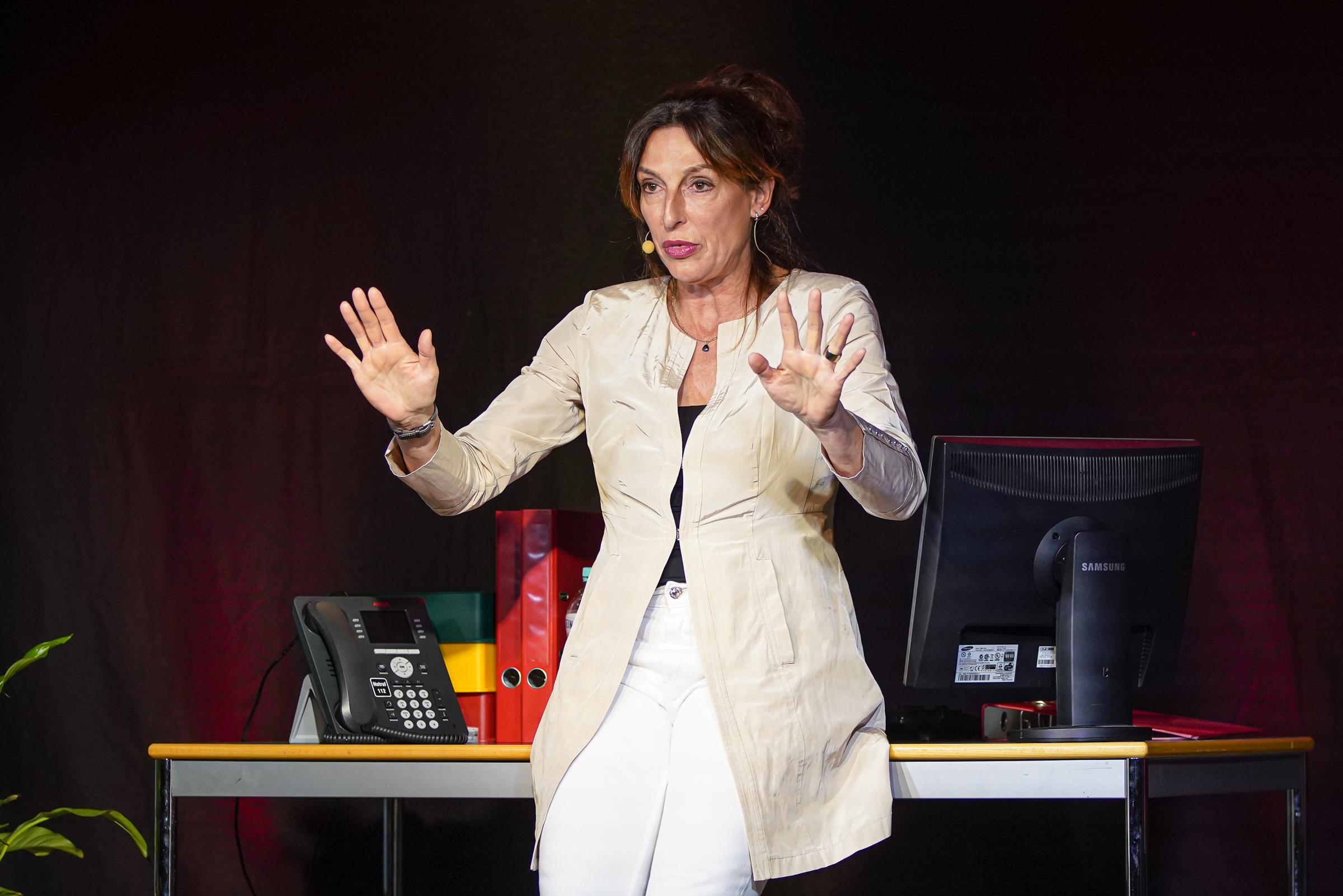 25.05.2019 - Andrea Volk 'Büro und Bekloppte'