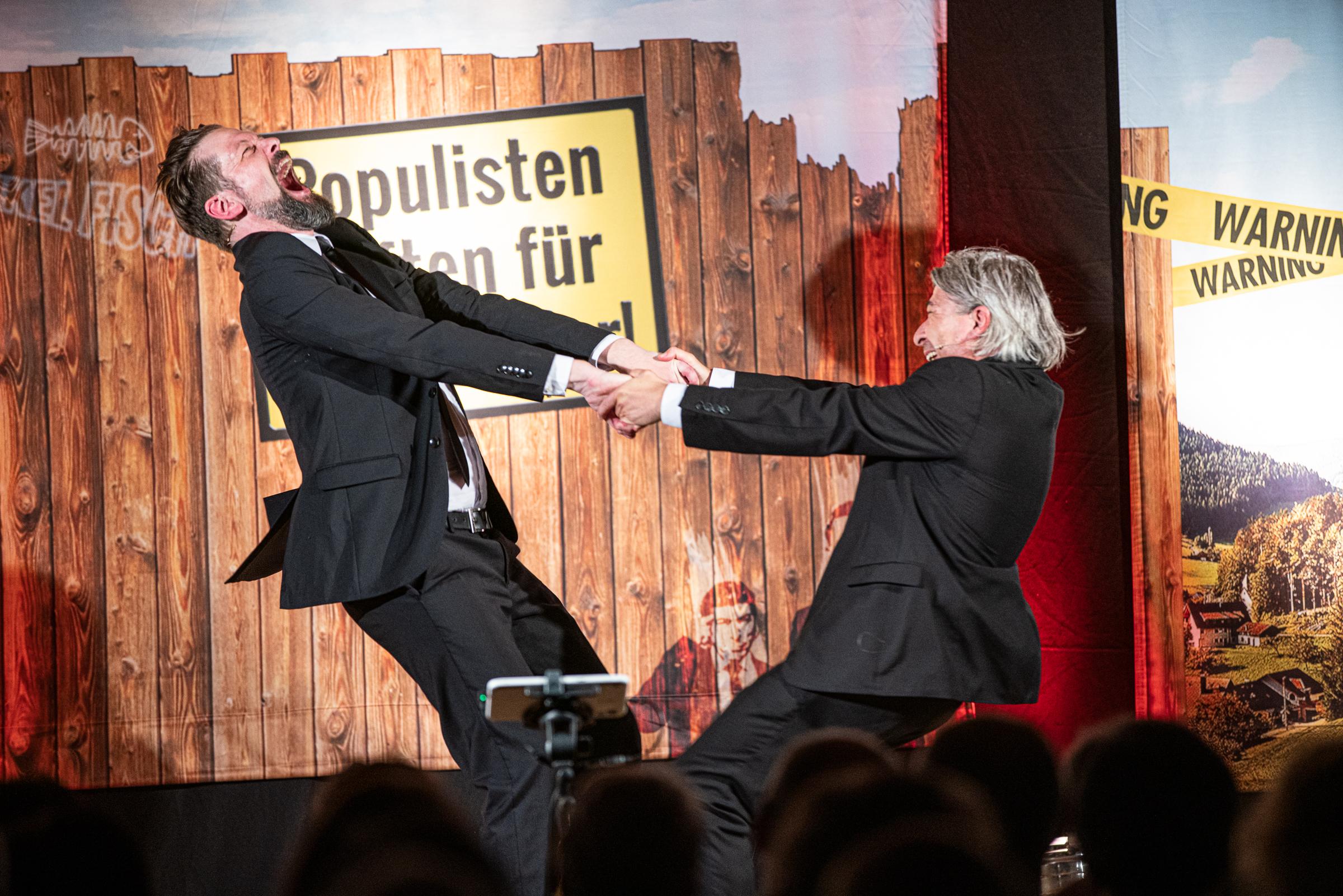 19.10.2019 – ONKEL FISCH in 'Populisten haften für Ihre Kinder'